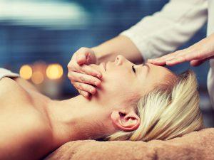Техники массажа лица